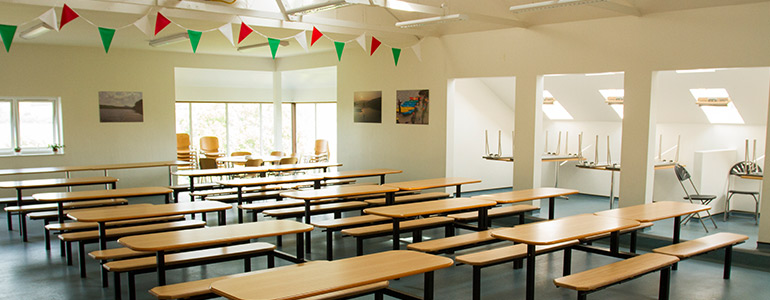 Meals can be served in the canteen or your meeting room